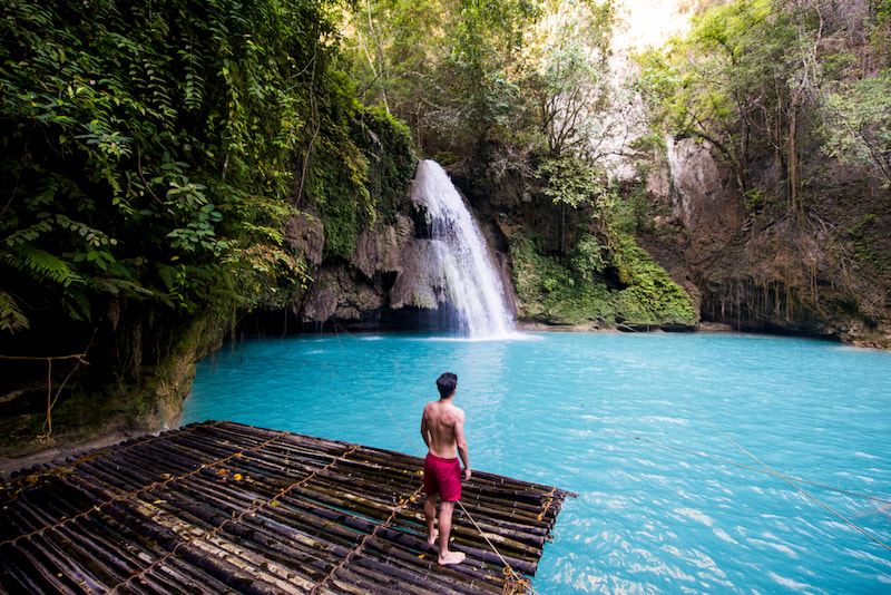 Kawasan Falls-Tourist Spots That are Worth Flying to Cebu For